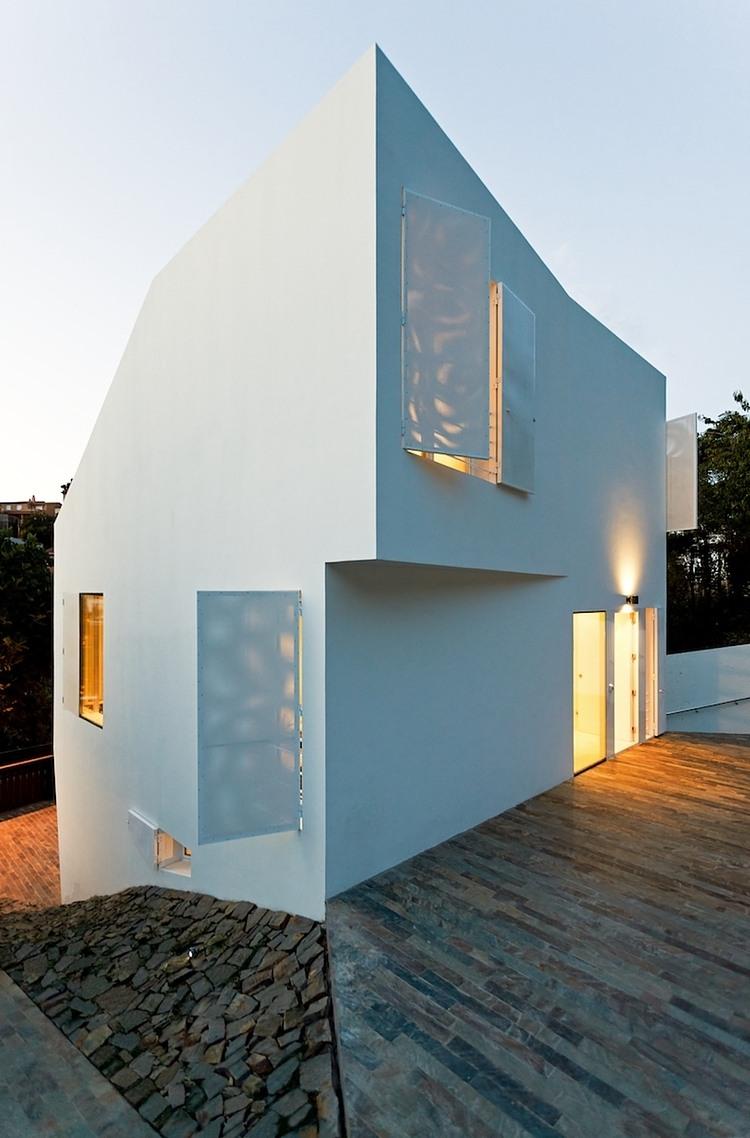 003-vallvidrera-house-ylab-arquitectos