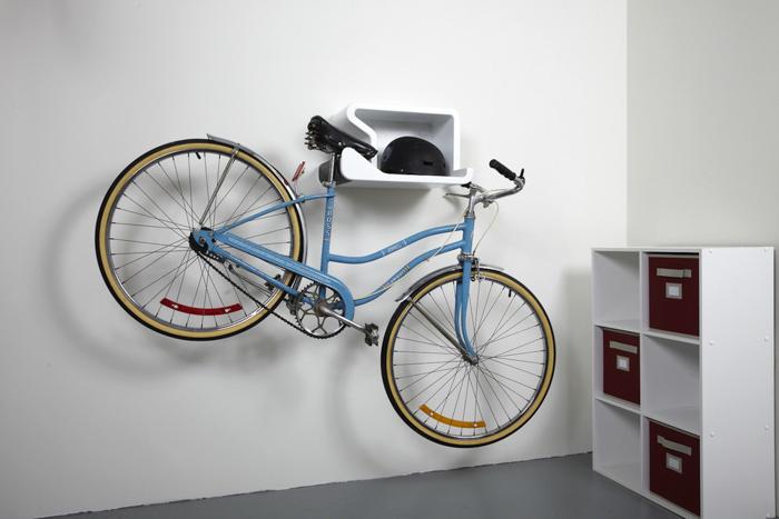 Vélo suspendu sur Shelfie