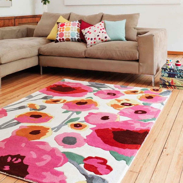 Le tapis design par tapis chic deco de salon for Tapis deco salon